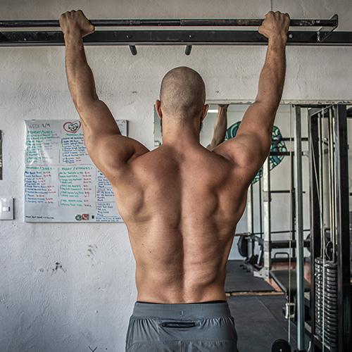 julian hierro back muscles in playa del carmen